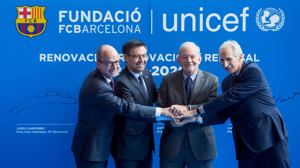 The Fc Barcelona Foundation And Unicef Are Working To Promote Education Through Sport Among Most Vulnerable Children
