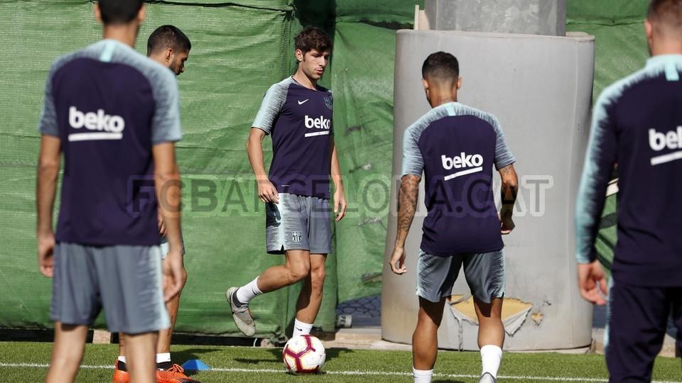 تدريبات مكثفة في برشلونة بعين على مباراة السبت Vs أتلتيك بيلباو 99864577