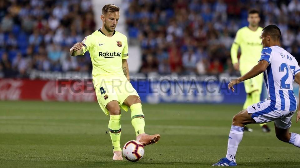 صور مباراة : ليغانيس - برشلونة 2-1 ( 26-09-2018 ) 99772773