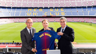 Da Vinci Code author Dan Brown visits Camp Nou