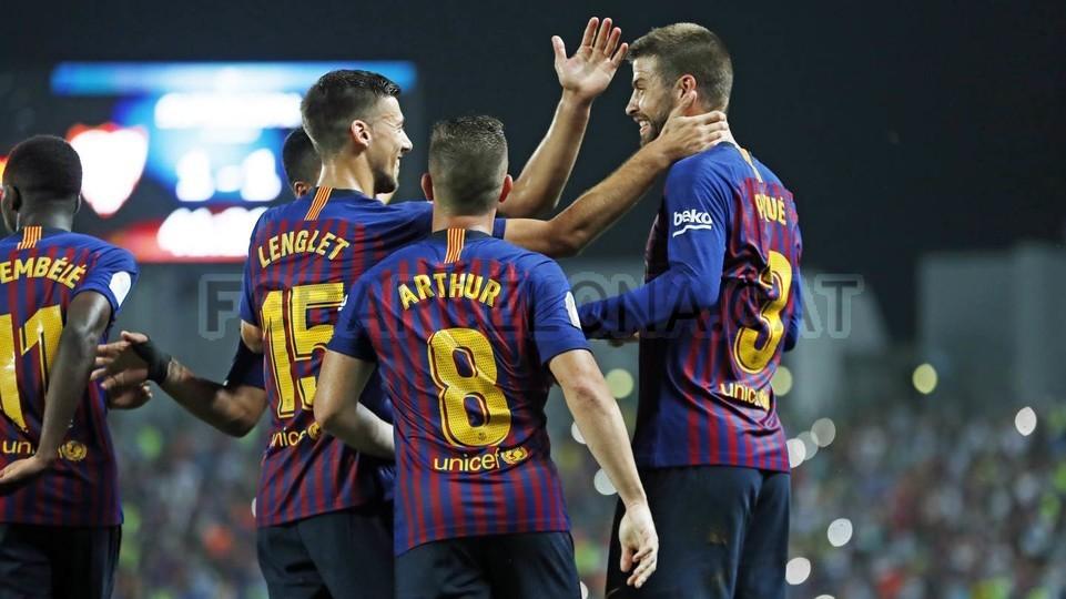 صور مباراة : برشلونة - إشبيلية 2-1 ( 13-08-2018 )  95762534
