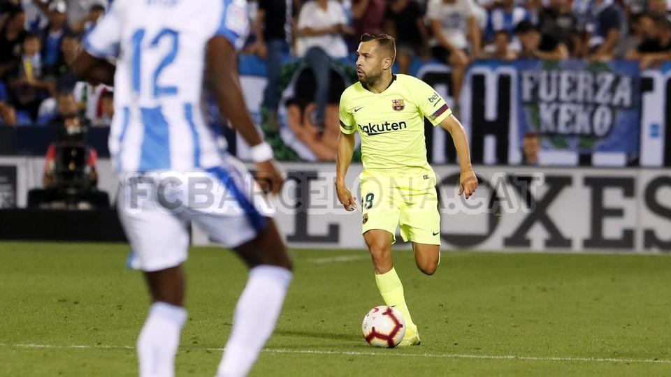 صور مباراة : ليغانيس - برشلونة 2-1 ( 26-09-2018 ) 99786087