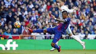 Paulinho's best moments against Real Madrid