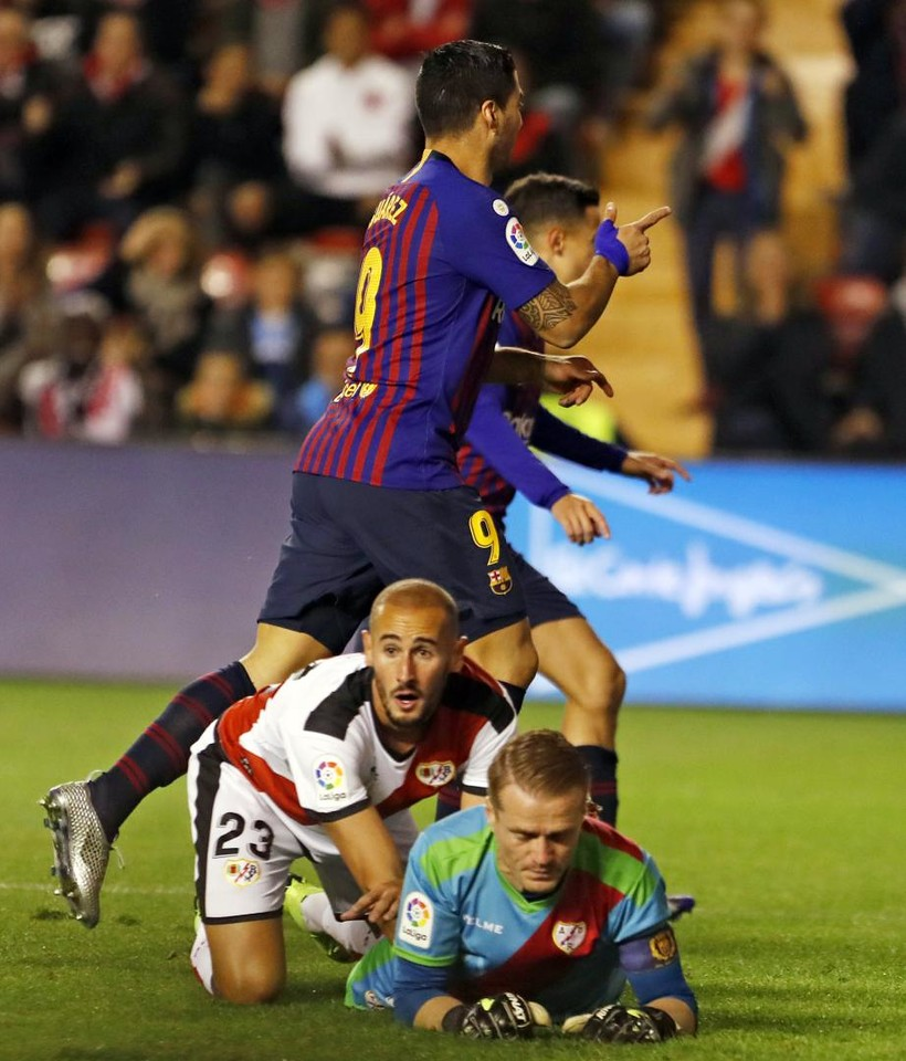 صور مباراة : رايو فاليكانو - برشلونة 2-3 ( 03-11-2018 )  102063975