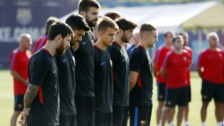 Ernesto Valverde's players hold a minute's silence in honour of the victims of the terrorist attack on La Rambla in the heart of the city on Thursday