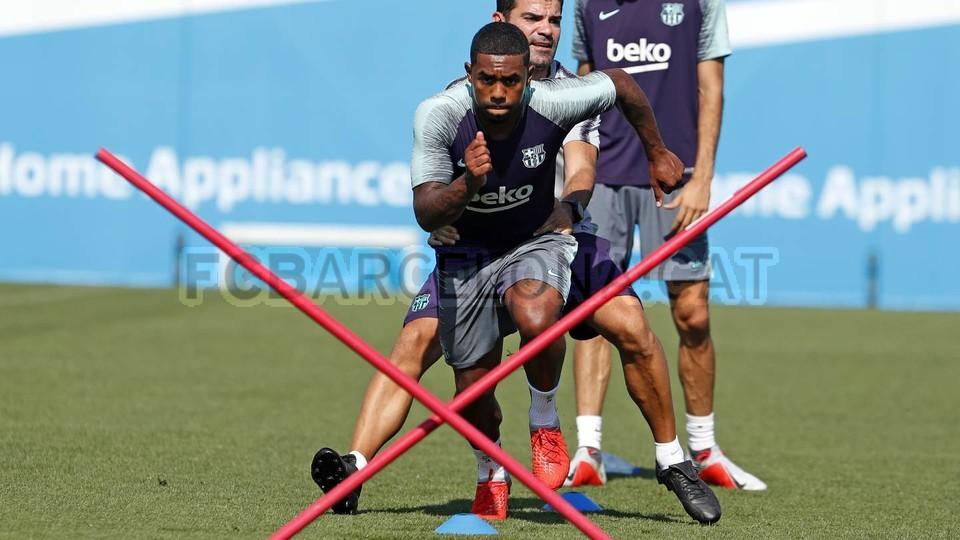 تدريبات مكثفة في برشلونة استعداداً لمباراة الأحد ضد جيرونا 21-09-2018 99246952