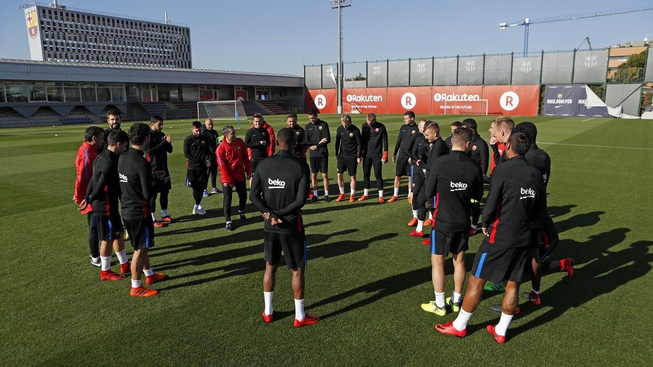Ernesto Valverde a dévoilé la liste des 19 joueurs appelés à disputer l'affiche de la Ligue des Champions de mercredi entre ses hommes et la 'Vieille Dame'. Un match nul qualifierait le Barça en tant que premier de son groupe