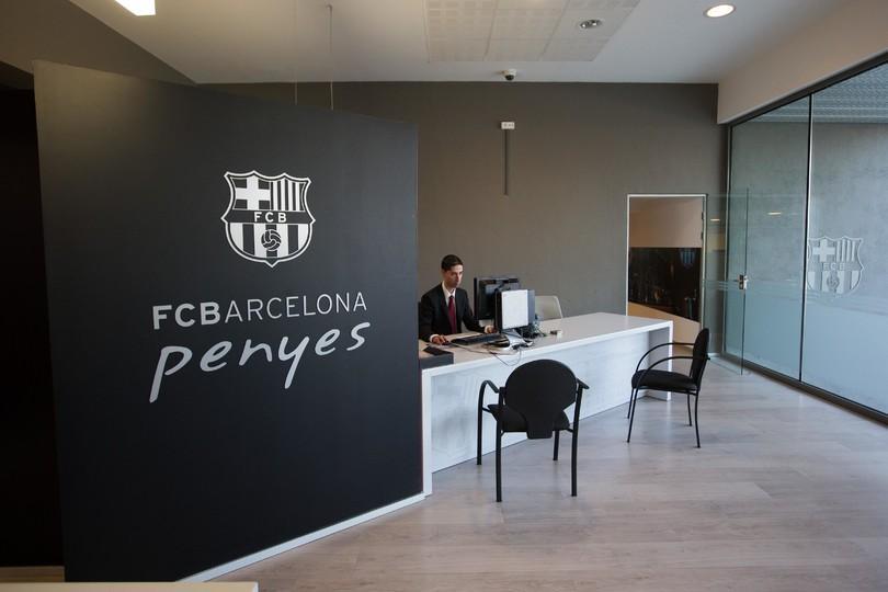 Oficina de atenci n a las pe as informaci n fc barcelona for Oficinas fc barcelona