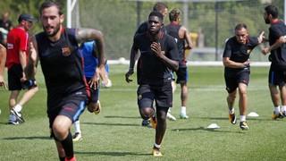 L'international français du Barça a pris part, avec l'ensemble du groupe blaugrana, a une séance d'entraînement au Red Bull Training Facility, sous une pluie battante