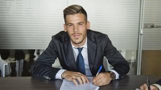 Carles Pérez renueva con el Barça B dos temporadas