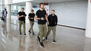 FC Barcelona lands in Madrid before El Clásico