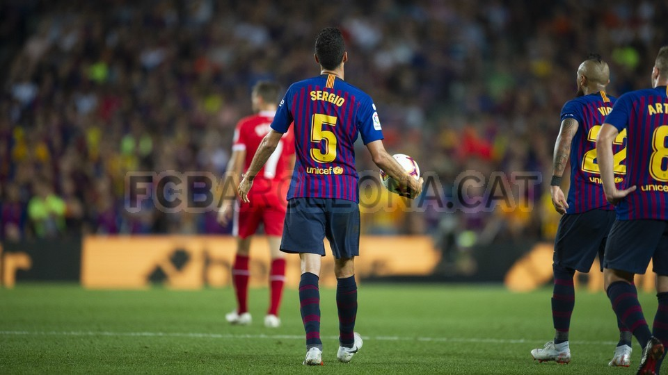 صور مباراة : برشلونة - جيرونا 2-2 ( 23-09-2018 )  99551856