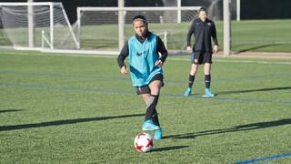 Primer entrenament de Perle Morroni amb l'equip