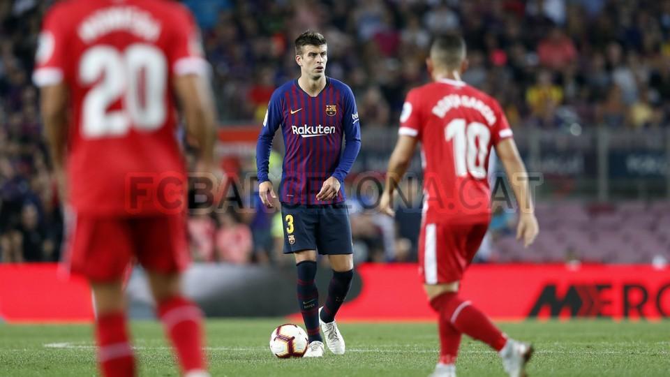 صور مباراة : برشلونة - جيرونا 2-2 ( 23-09-2018 )  99551603