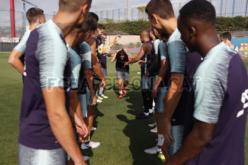 تدريبات الفريق الأول 24-07-2018 94540916
