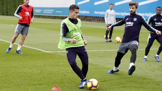 The first team players worked out this Tuesday on pitch two of the Ciutat Esportiva