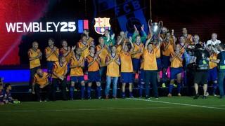 Emotivo homenaje a los héroes de Wembley 92