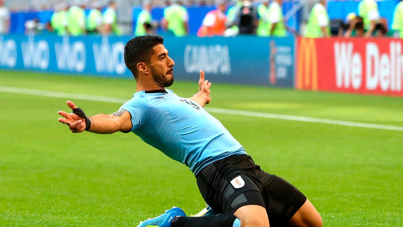El '9' del Barça y de la celeste marca en la victoria contra Rusia, en el tercer y definitivo partido de la fase de grupos, para lograr el pleno de triunfos y puntos en la primera fase del Mundial