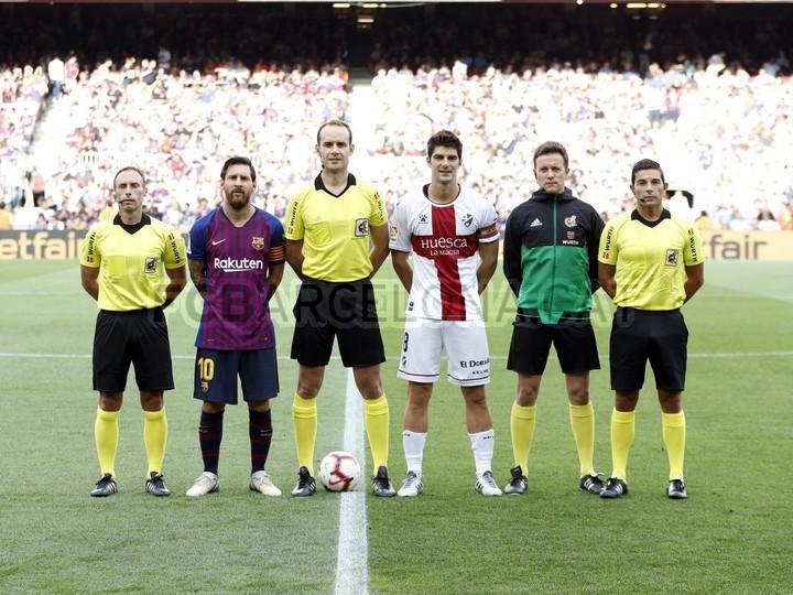 صور مباراة : برشلونة - هويسكا 8-2 ( 02-09-2018 )  97425676