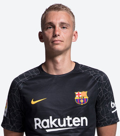The Second Dutch Keeper In Barca History Brings Together Excellent Reflexes And Ability With The Ball At His Feet