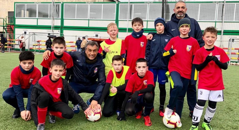 Josep Maria Nogués, Ramon Calderé y Salvador Miracle, todos socios de la ABJ, han liderado sesiones de entrenamiento en cuatro academias rumanas