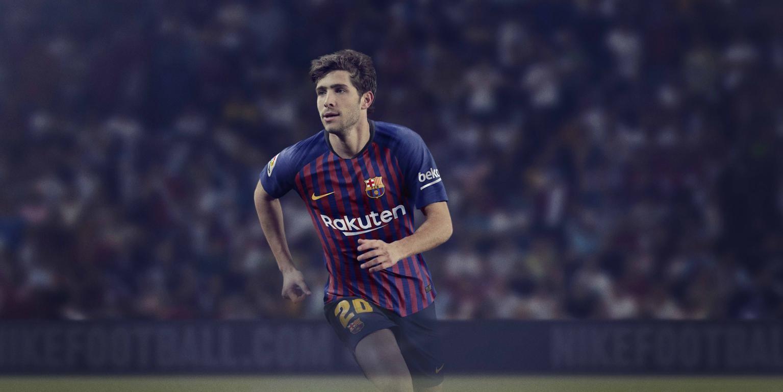 حفل تقديم القميص الجديد لنادي برشلونة لموسم 2018-2019 83797117