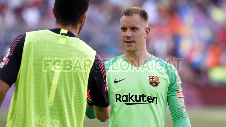 صور مباراة : برشلونة - بوكا جونيورز ( 16-08-2018 )  95974526