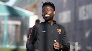 El primer entrenament de Martin Hongla amb el Barça B