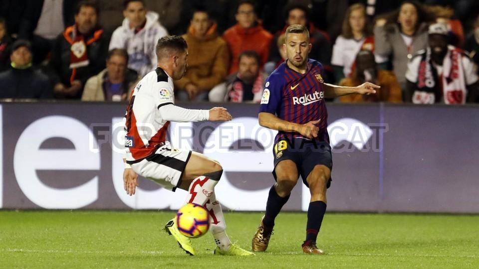 صور مباراة : رايو فاليكانو - برشلونة 2-3 ( 03-11-2018 )  102033022