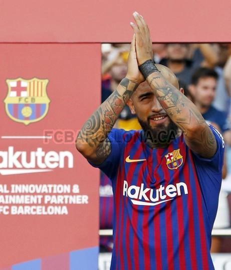 صور مباراة : برشلونة - بوكا جونيورز ( 16-08-2018 )  96023936