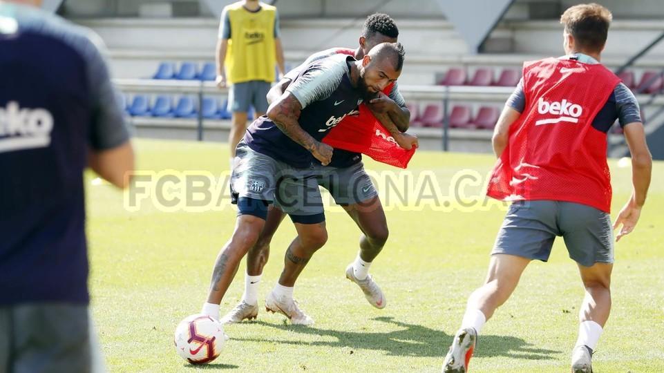 تدريبات مكثفة في برشلونة استعداداً لمباراة الأحد ضد جيرونا 21-09-2018 99246976