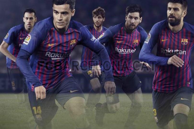 حفل تقديم القميص الجديد لنادي برشلونة لموسم 2018-2019 83797123