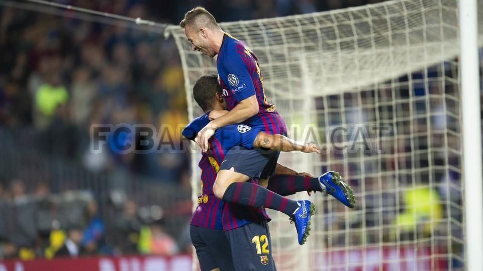 صور مباراة : برشلونة - إنتر ميلان 2-0 ( 24-10-2018 )  101521028