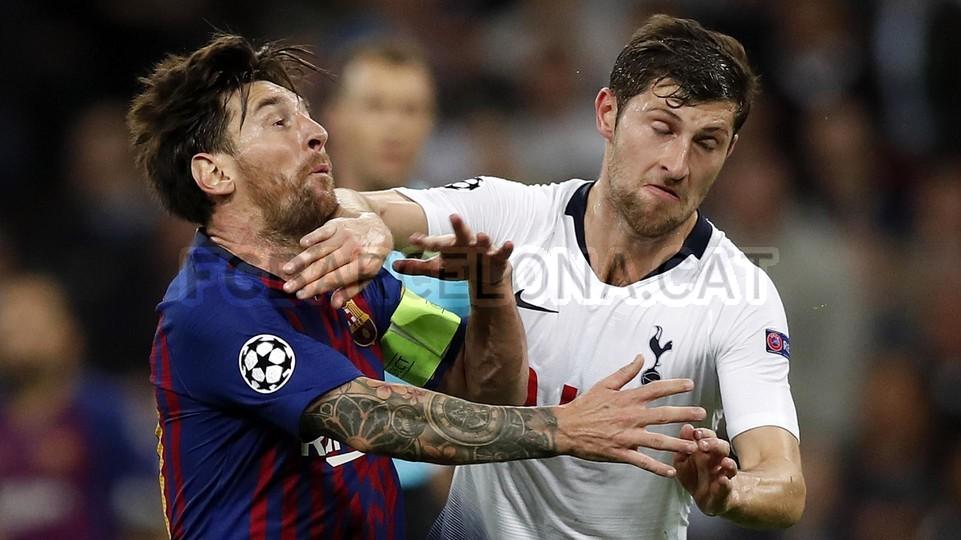 صور مباراة : توتنهام - برشلونة 2-4 ( 03-10-2018 )  100686469