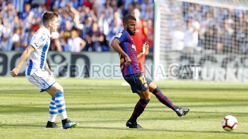 صور مباراة : ريال سوسيداد - برشلونة 1-2 ( 15-09-2018 ) 98507398