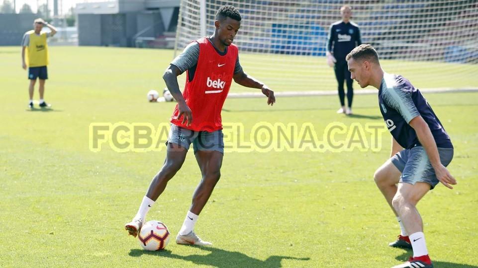 تدريبات مكثفة في برشلونة استعداداً لمباراة الأحد ضد جيرونا 21-09-2018 99246982