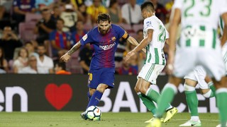 Enjoy the goals and the rest of the action from FC Barcelona's opening day win against Betis in the 2017/18 league season