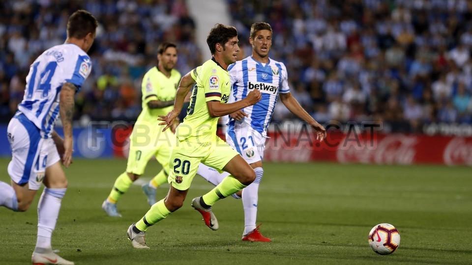 صور مباراة : ليغانيس - برشلونة 2-1 ( 26-09-2018 ) 99772809