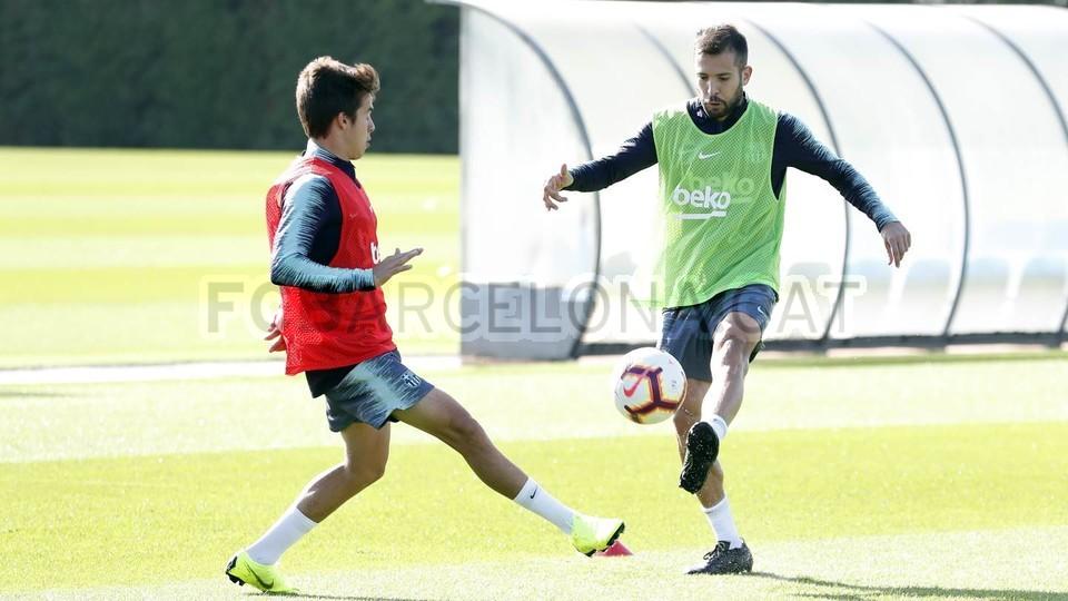 التدريبات متواصلة في برشلونة بانتظار التحاق آخر اللاعبين العائدين من المشاركة في المباريات الدولية مع منتخباتهم الوطنية 101157003