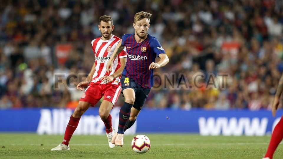 صور مباراة : برشلونة - جيرونا 2-2 ( 23-09-2018 )  99551627