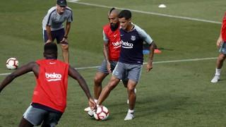 El técnico azulgrana, Ernesto Valverde, ha dado a conocer la lista de 18 convocados para el debut en la competición doméstica ante el Alavés