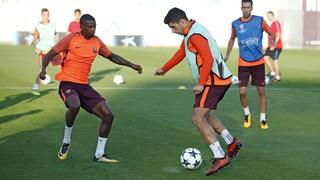 Ernesto Valverde que ha sufrido el percance de la lesión de Jordi Alba en el último entrenamiento no podrá contar tampoco con los lesionados Arda, Dembélé y Rafinha, y Aleix Vidal y Vermaelen por decisión técnica