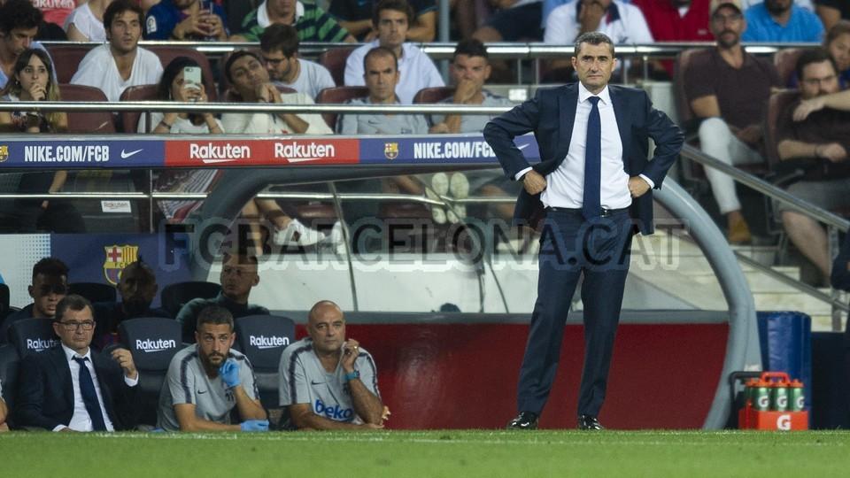 صور مباراة : برشلونة - جيرونا 2-2 ( 23-09-2018 )  99551886