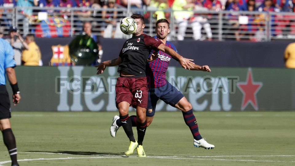 صور مباراة : برشلونة - ميلان 0-1 ( 05-08-2018 )  95385742
