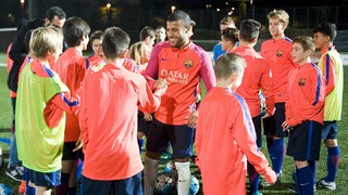 Rafinha fields FC Barcelona youngsters' questions