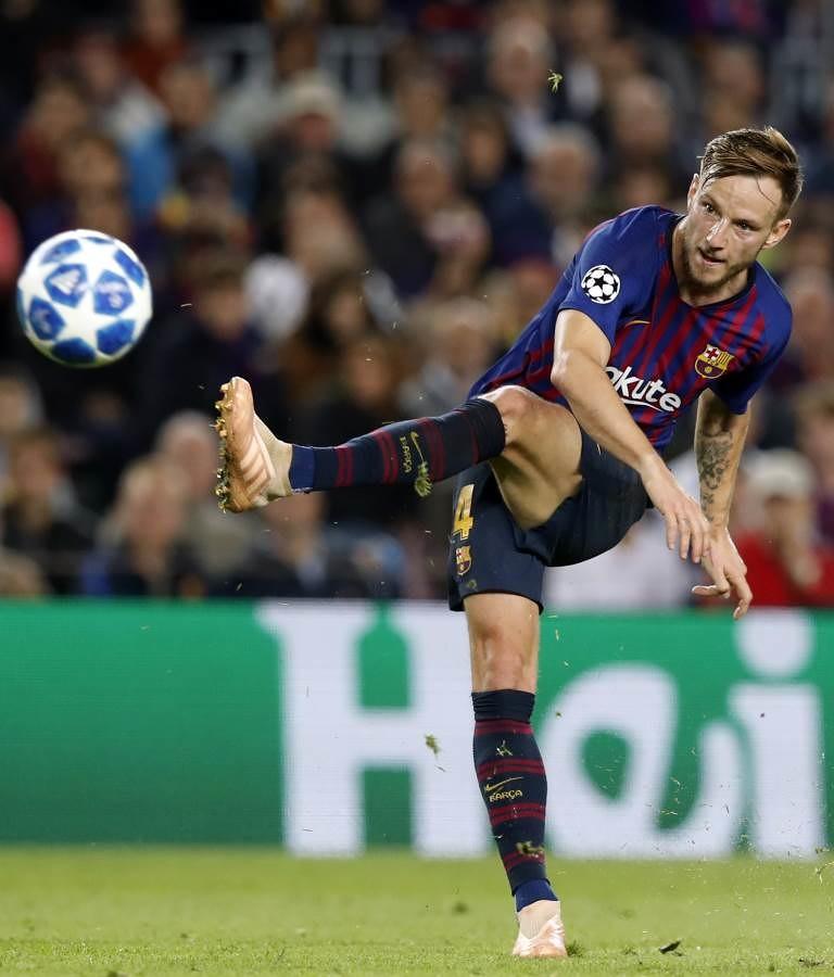 صور مباراة : برشلونة - إنتر ميلان 2-0 ( 24-10-2018 )  101552655