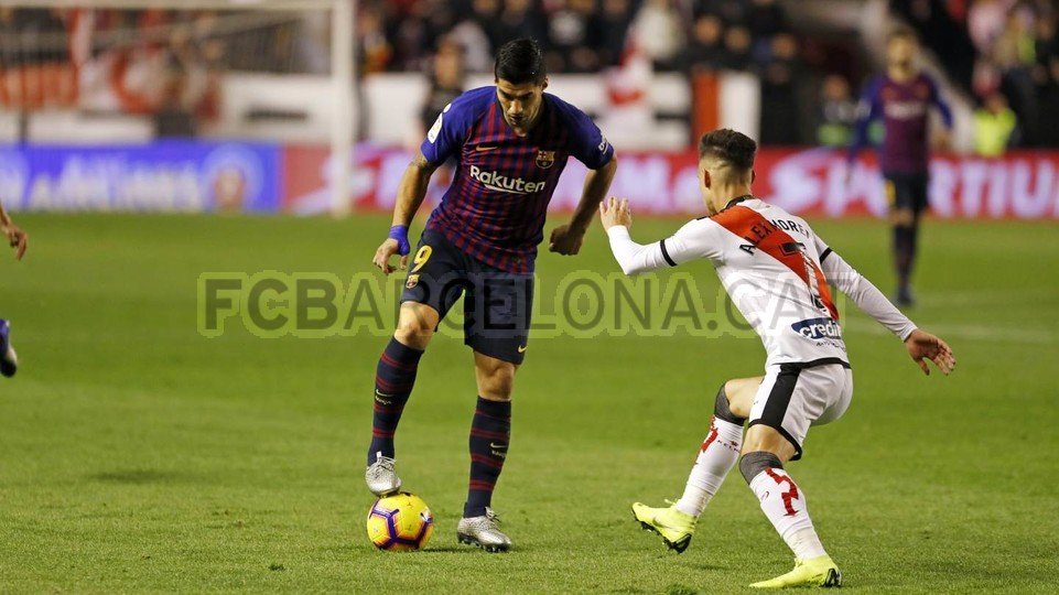 صور مباراة : رايو فاليكانو - برشلونة 2-3 ( 03-11-2018 )  102033046