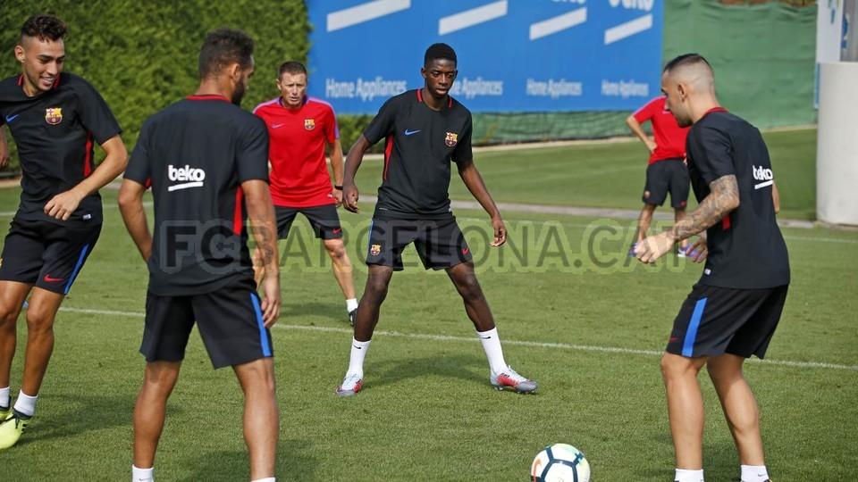 Maillot entrainement FC Barcelona ÉQUIPE