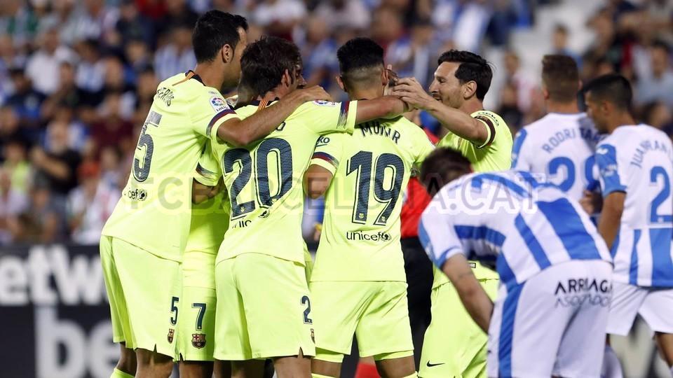 صور مباراة : ليغانيس - برشلونة 2-1 ( 26-09-2018 ) 99772827
