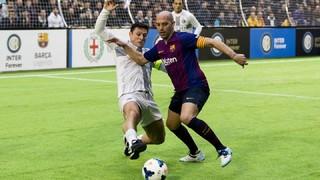 Espectacle i gols amb els Legends a Milà (3-2)